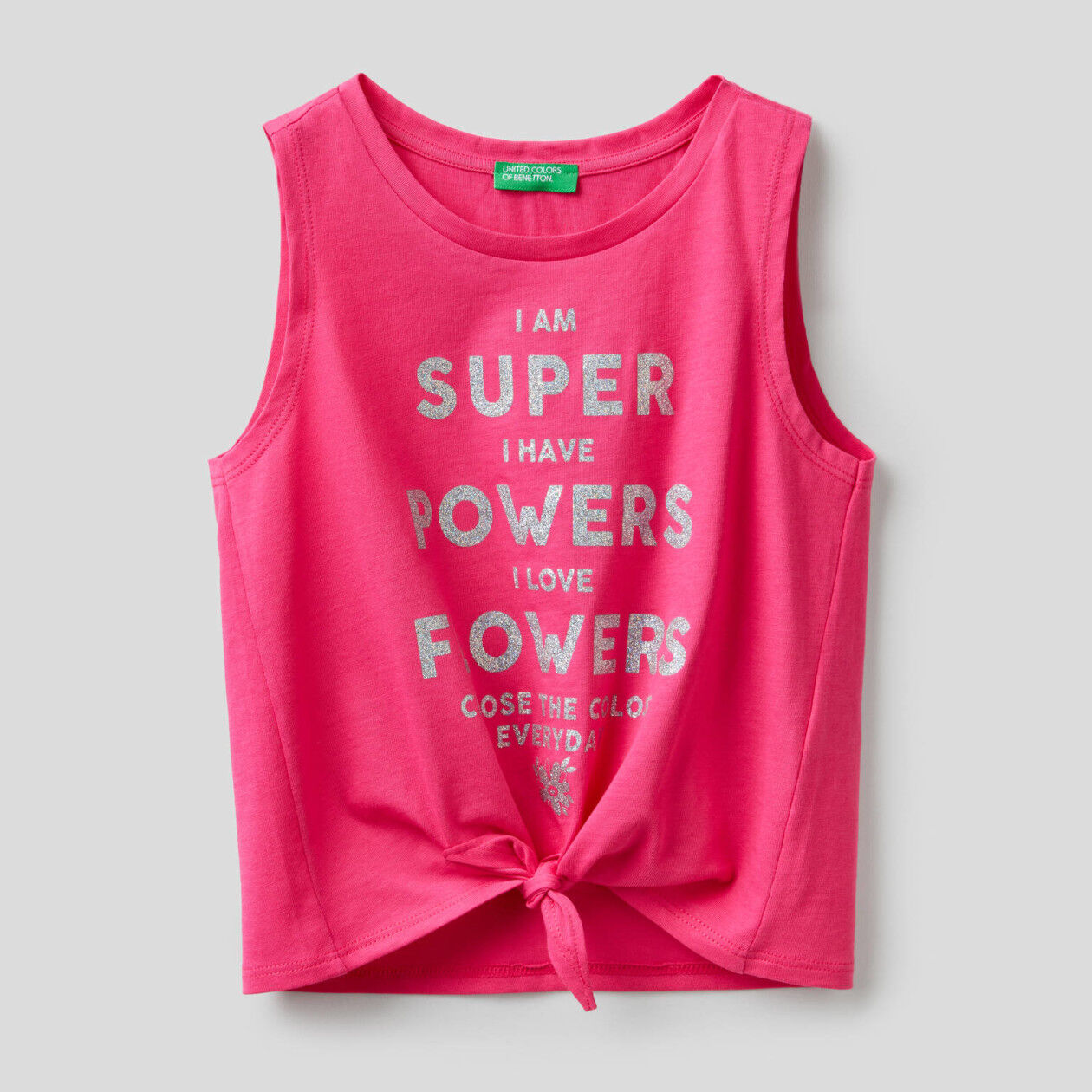 Sleeveless top with bow