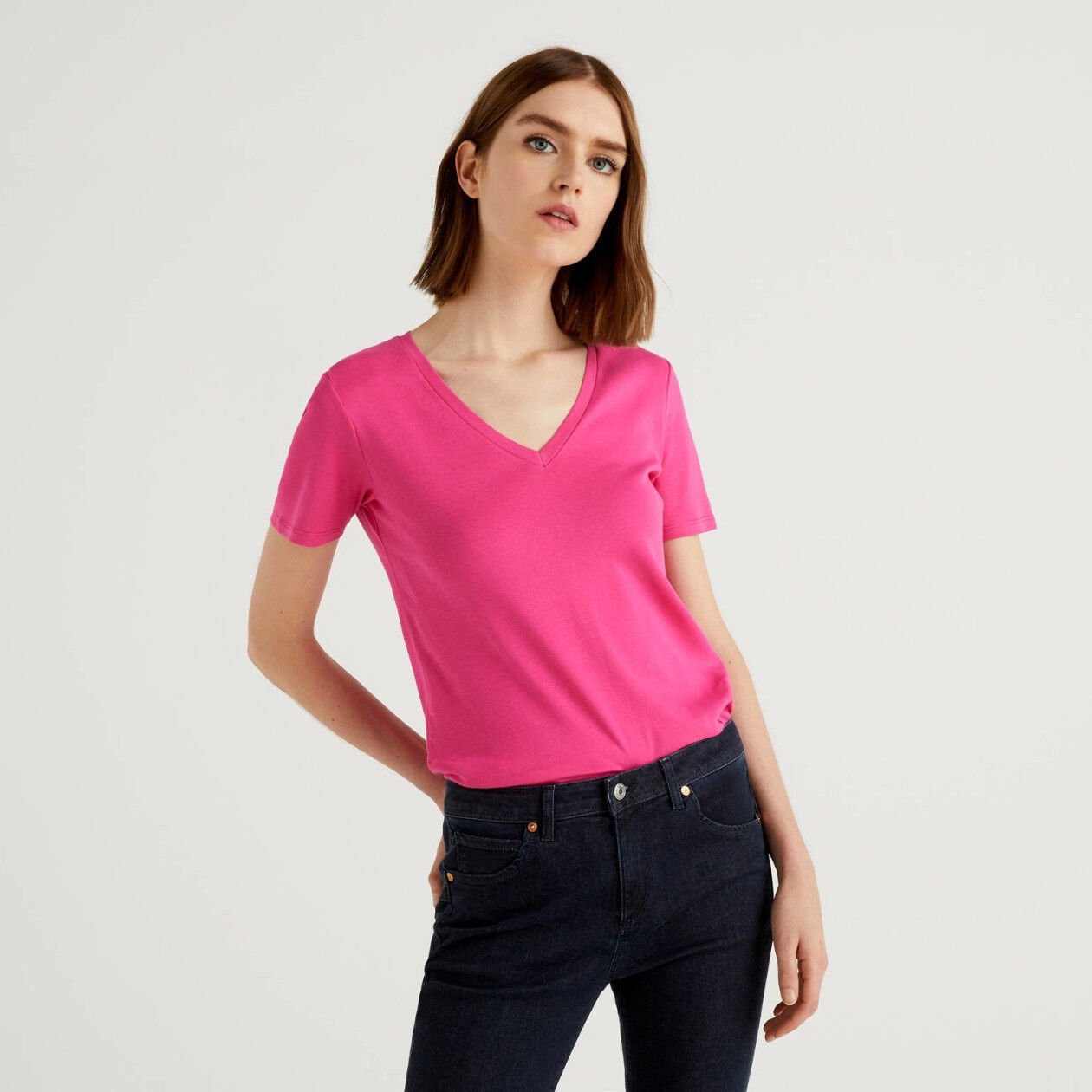 Pure cotton t-shirt with V-neck