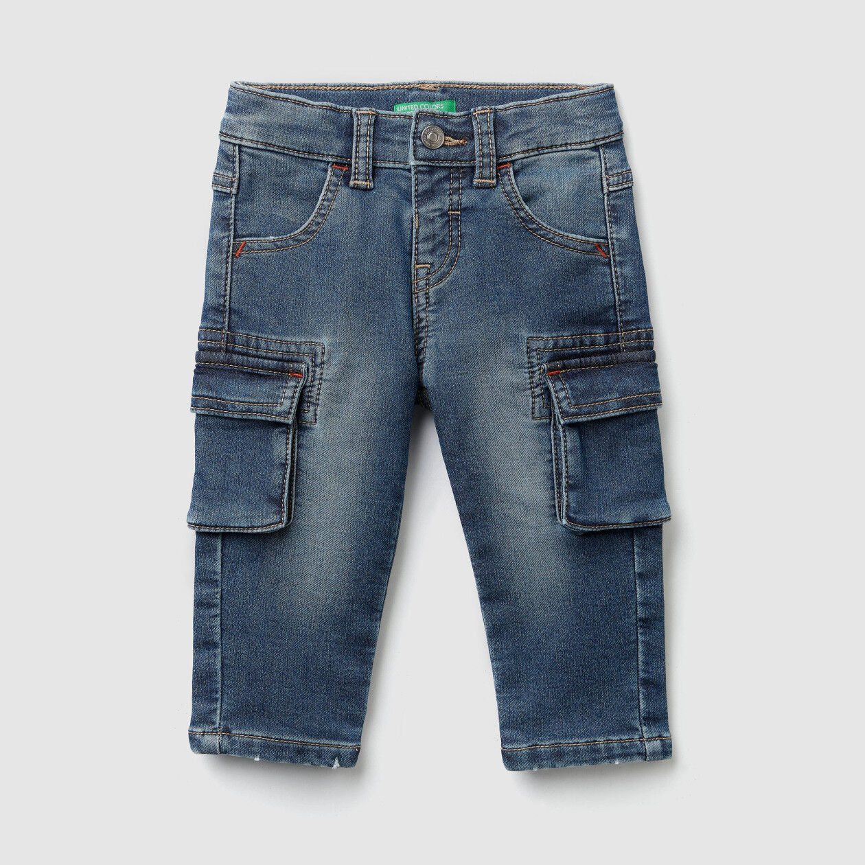 Cargo jeans in thermal denim