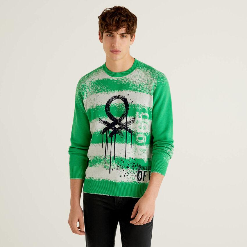 Sweater with graffiti effect logo