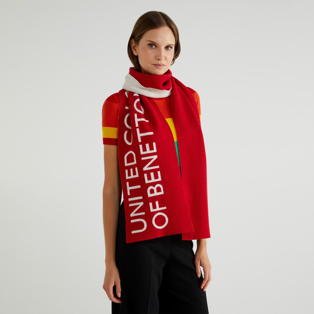 Unisex scarf with logo