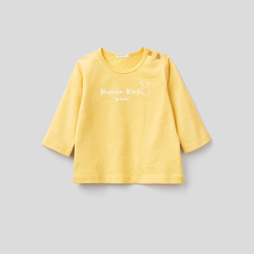 Soft 100% organic cotton t-shirt