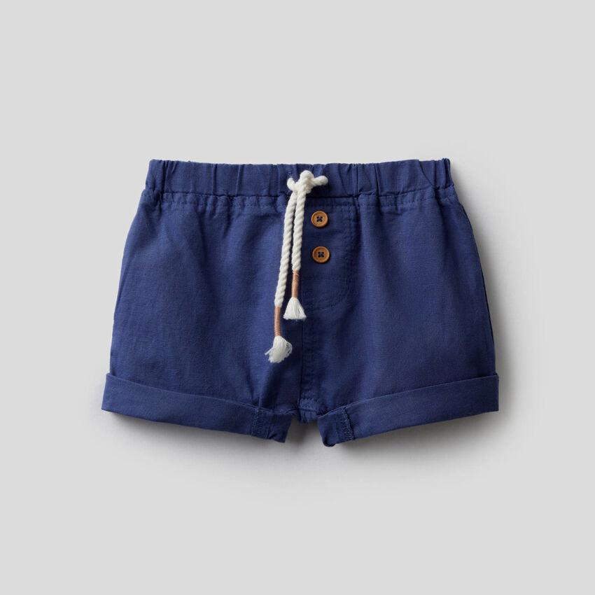 Shorts in linen blend