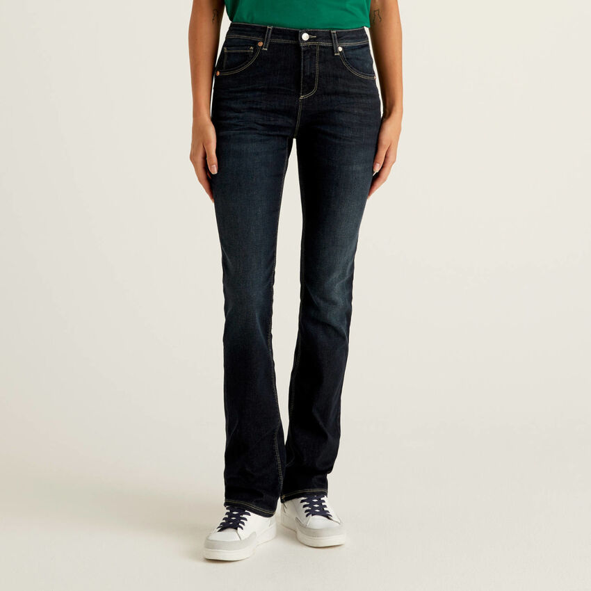 Push up bootcut jeans